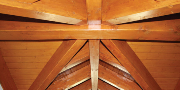 interior estructura buhardilla