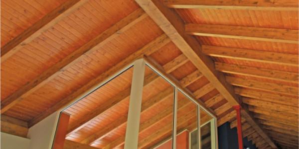 vista interior vigas y estructura
