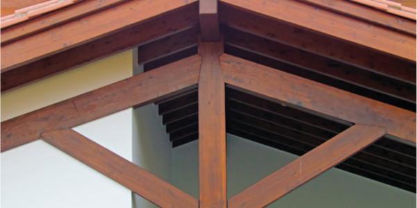 detalle frontal estructura porche