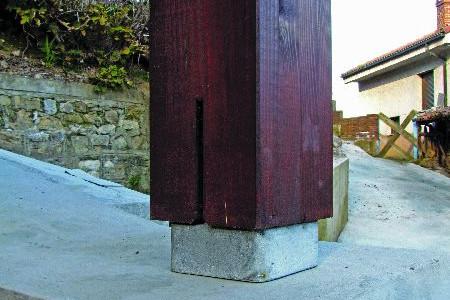 Pilar zona aislamiento lavadero Busloñe