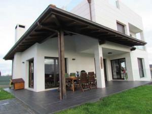 Vista Soportal porche Castiello