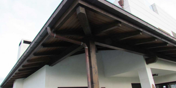 Detalle columna Porche